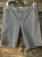 Women's Venezia Blue Stripped Bermuda Shorts Size 16 - 5 Pockets Lightly Worn...