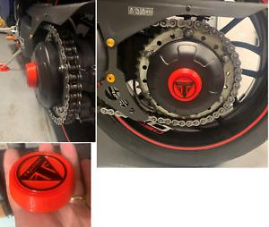 Triumph Speed Triple 1050 Cover Tappo copri dato mozzo Lato Catena con Logo