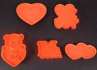 Wilton 1990 Valentines Day Lot of 5 Plastic COOKIE CUTTERS Love Hearts 2304-1518
