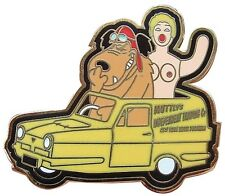 MUTTLEY & INFLATABLE FRIEND DEL BOY RELIANT ROBIN ENAMEL PIN BADGE ONLY FOOLS