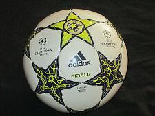 BALLON BALL UEFA CHAMPIONS LEAGUE FINALE CAPITANO MATCHBALL REPLICA 2012 ? FINAL