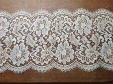 brise bise cantonnière rideaux à décor vendu au mètre B8