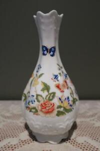 Aynsley England Beautiful Cottage Garden Pattern Bud Vase - Very Good Condition