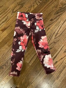 NWT Old Navy Active Pink Flowered Elevate Mid Rise Leggings Girl's S 6/7 D7