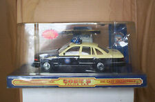 1/24 SCALE CODE 3 1999 FORD CROWN VICTORIA FHP POLICE CAR
