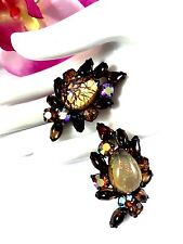 VINTAGE GOLD-TONE FOIL OPAL GLASS AMBER SMOKED TOPAZ CABOCHON CLIP EARRINGS