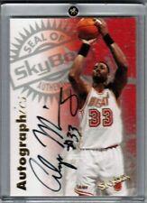 1997-98 SkyBox Premium Autographics Alonzo Mourning Auto #77