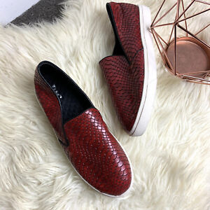 Red leather snakeskin animal print textured sz 39 women shoes sneakers comfy