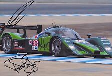 Paul Drayson y Jonny Cocker mano firmado 12x8 Foto Aston Martin Le Mans.