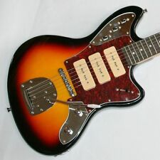 Neu, E-Gitarre, Solidbody, Jazz-Design, 3 P90, Vibrato, Sunburst, Chrom G 48