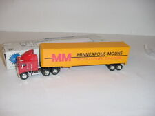 """1/64 Minneapolis Moline """"World's Finest Tractors"""" -  Tractor & Trailer Set W/Box"""