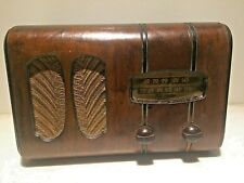 "Antique 1930's RCA-Victor ""Victorette"" Tube Radio, In Good working condition"