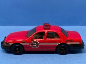 Matchbox 2006 Ford Crown Victoria Fire District - Chiefs Car *LOOSE*