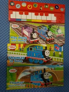 Thomas and Friends Deluxe Music Set 3 Play-a-Song Books and Keyboard