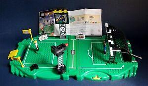 MEGA BLOKS #9192 - Football / Sports 2 GO Soccer Play Set - Collector 2001