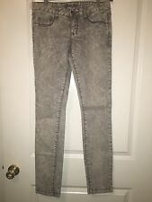 New Sz 27 Guess Jeans
