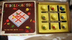 Vintage Tic Tiddle Tac Toe Board Game 1955 Disk Strategy Schaper No. 101 Plastic
