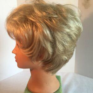 Jon Reneau Petite Cap wig.     Nature Blend      Item 103