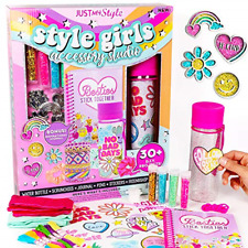 New listing Just My Style Girls Accessory Set by Horizon Group USA,Create Your Own Bracelets