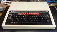 Muy Rara Vintage Acorn BBC Modelo A Micro Computer (en muy buen estado en Caja)
