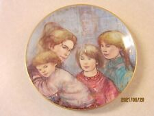 Edna Hibel Collector Plate Leah's Family The World I Love Series Nib Numbered