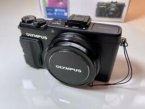 Olympus Stylus XZ-2 12.0MP Digital Camera - Excellent Condition