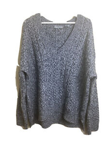 VINCE Size LargeV Neck Chunky Cable Knit Wool Cashmere Blend Sweater Gray .
