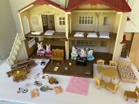 Calico Critters country home set bunny kitties families set table kitchen piano