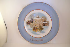 Vintage Christmas Collector Plate Avon Wedgwood Carollers in the Snow 1977