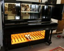 altes Klavier umgebaut zu einer Bar