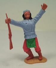 Timpo Toys Apache mit Gewehr (Manitou anbetend) hellblaues Hemd rote Hosen