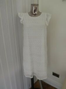 LADIES IVORY LACE STYLE SHIFT DRESS SIZE 18 BNWT MAY ALSO FIT SIZE 16