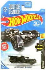 2018 HOT WHEELS BATMAN JUSTICE LEAGUE BATMOBILE MODEL METAL CASE A GUN