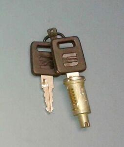 SEAT IBIZA 021A mk1 DOOR LOCK WITH KEY VALEO