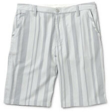 Burton Base Camp Shorts (32)