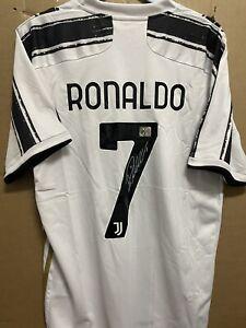 Signed Cristiano Ronaldo Juventus FC shirt with Coa