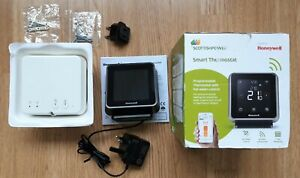 Honeywell T6R-HW Wireless Smart Thermostat With Hot Water Control Y6U920RW4034