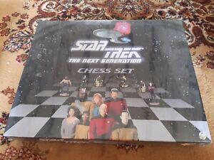 Star Trek Next Generation Chess Set New and unopened