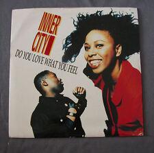 """Vinilo SG 7"""" 45 rpm INNER CITY - DO YOU LOVE WHAT YOU FEEL"""