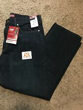 NWT MENS Lee Jeans Size 38x32 Premium Select Regular Fit MSRP $48.00 2001926