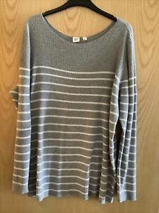 Gap Grey And White Striped Jumper. Size XL.