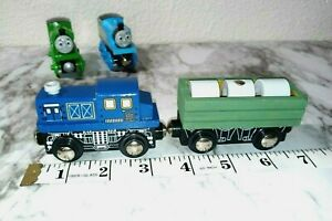 Authentic Toys R Us WoodenMagnetic CargoCar Train Fit Thomas &Friends Engine #33
