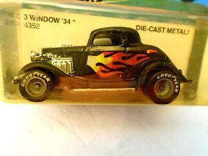 1982 Hot Wheels,Black/Flames,REAL RIDERS,HI RAKERS, #4352,3 WINDOW '34,1979 Base