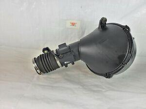 1996 Lexus LS400 Air Intake Cleaner W/ Mass Airflow sensor 22250-50060 OEM