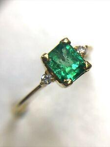 Stunning! Vivid Colombian Emerald in 18K Yellow Gold Diamond  Ring Size 6.25