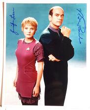 Star Trek Voyager Autograph 8x10 Photo-Robert Picardo/Jennifer Linn (Lhau-887)