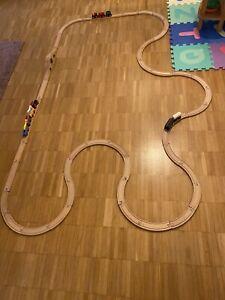 BRIO Eisenbahn Set inkl. Akku und Batterie LOKs und diversen Schienen