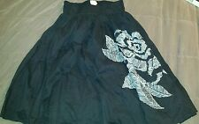 Lucky and Coco Size M Black 100% cotton skirt Floral Design