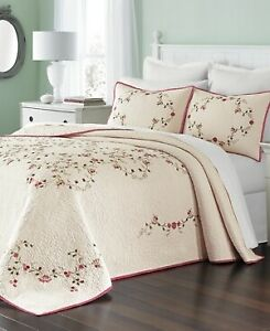 Martha Stewart Collection Westminster Vines Cotton Floral Bedspread - QUEEN  Red