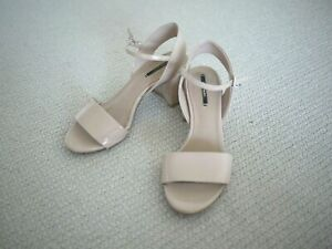 ZARA patent leather sandals pink size 38